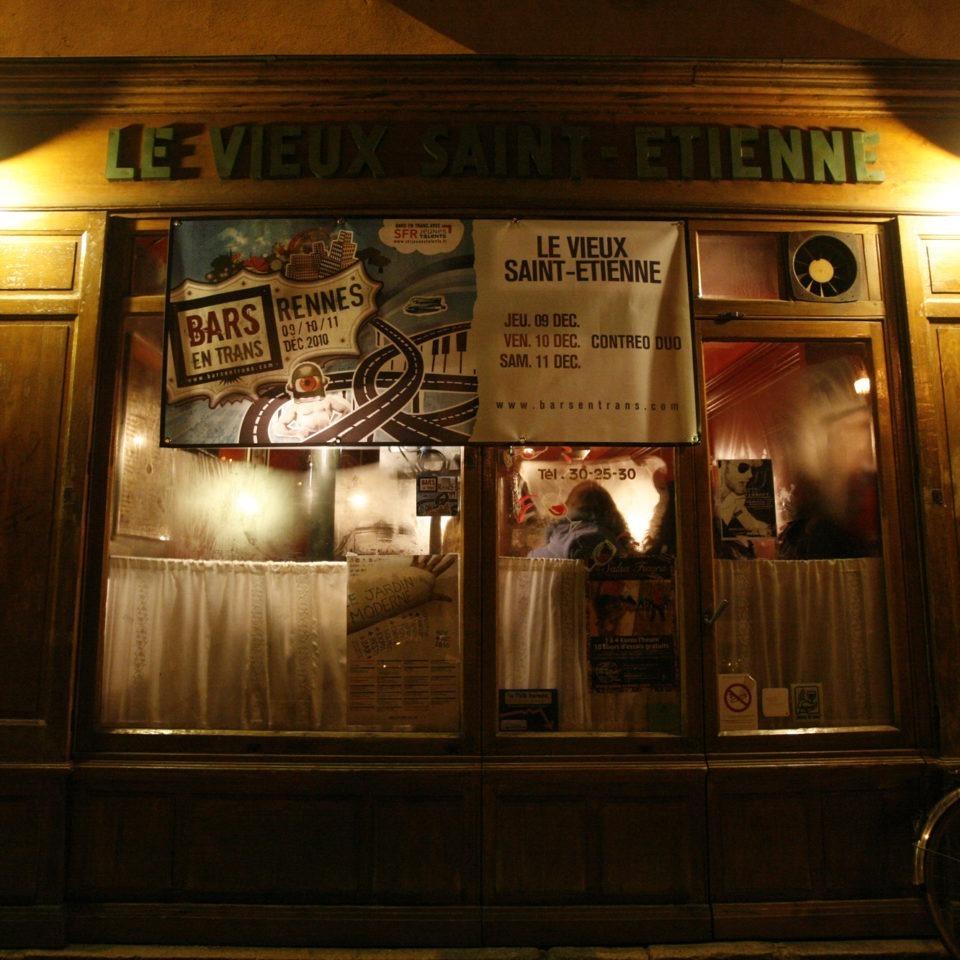 Bar Le vieux St Etienne. Groupe : Contre Duo. Crédit : A.Keil